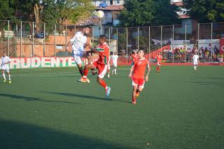 Vic Vic faz gol no final e vence o Danúbio