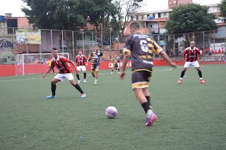 Bate Fácil domina a partida e vence o Vida Loka na Copa da Paz