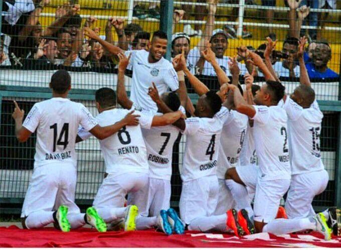 Santos vence mais uma e os 'Tiozinhos' dizem: Estamos aqui!