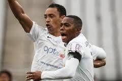Corinthians e Santos apenas empatam em jogo movimentado