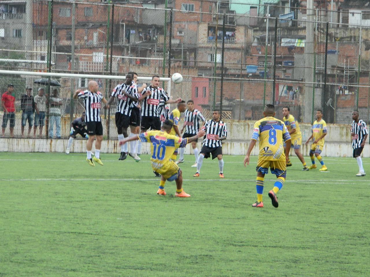 Mesmo com seis desfalques, Botafogo vence Coroa e se classifica na Copa Negritude
