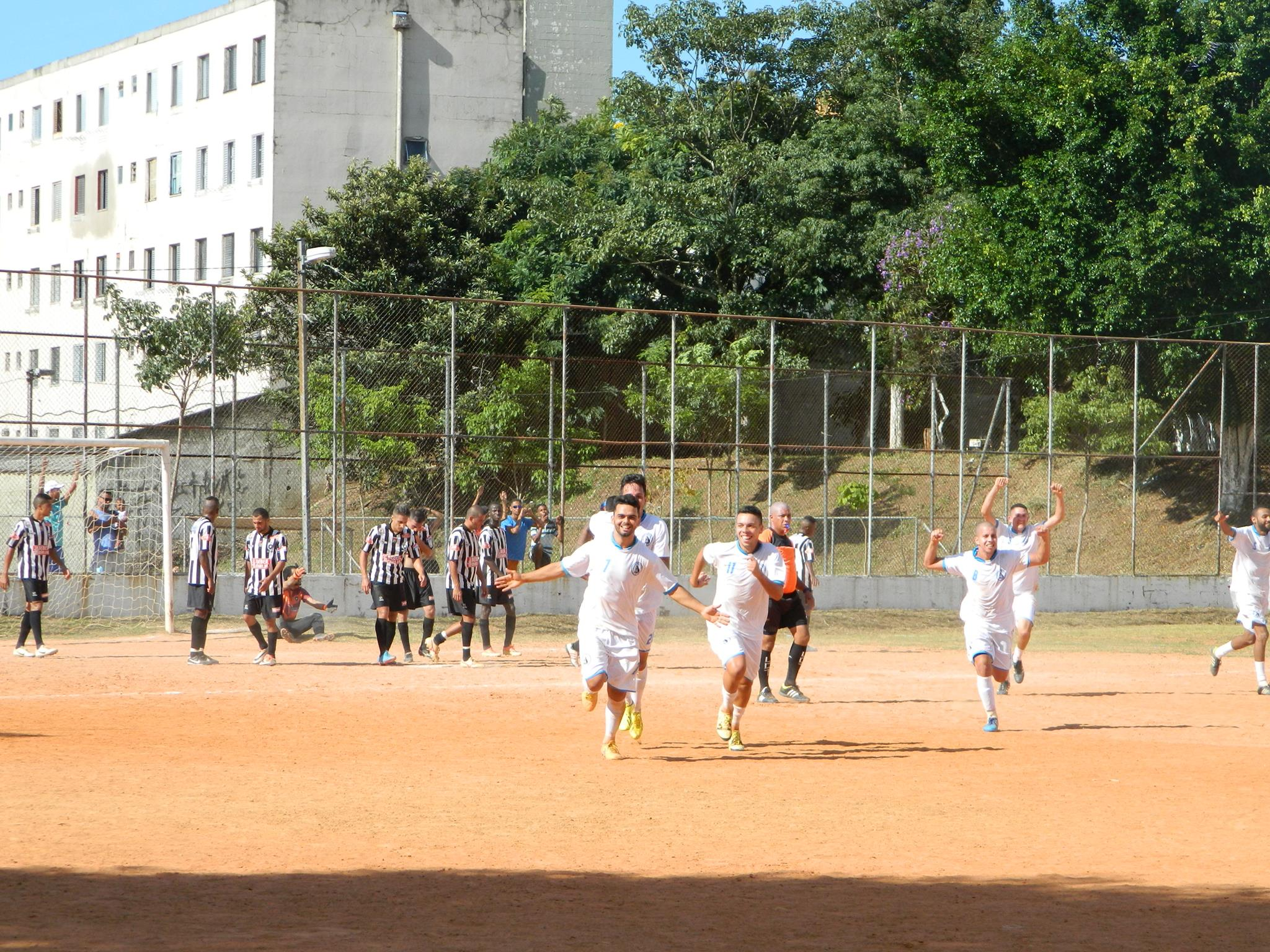 Santa Rita vence, convence e avança para próxima fase da Copa Negritude