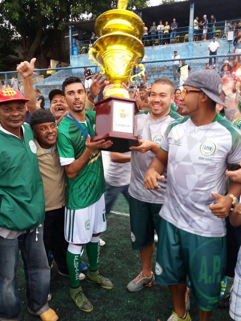 Com muita polêmica, Palmeirinha bate Brasília nos pênaltis e se sagra bicampeão da Copa Leões