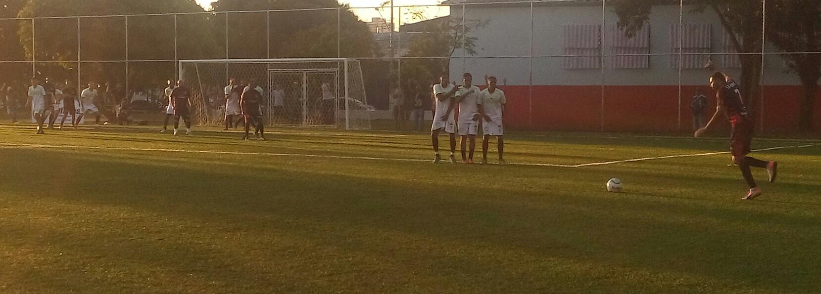 Coroado mostra força e estreia com vitória na Copa Bifarma 2016
