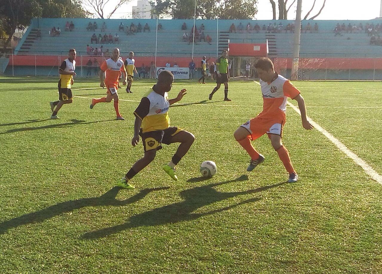 Pelo grupo A, Central Leste goleia Leões na Copa Bifarma